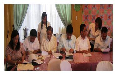 Ceremonial Signing of MOA between PENRO and BPSU, held at Villa Amanda Resort & Restaurant, Abucay, Bataan on November 18, 2013.
